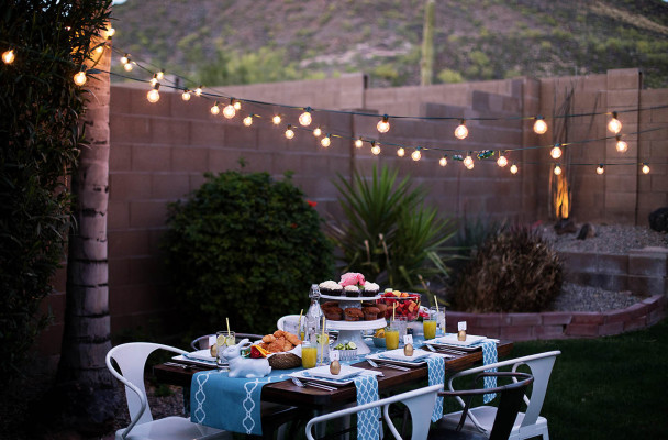 Amazing-outdoor-dinner-party-decor